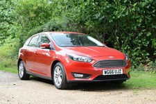 Ford Focus 1.0 T (125ps) Zetec EcoBoost (s/s) Hatchback 5d 999cc